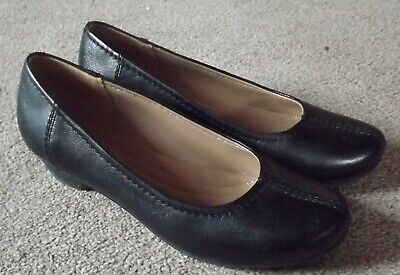 "Ladies Black Hotter comfort concept court slip on shoes Uk 4.5 1"" Heels padded"