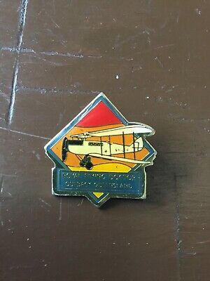 Royal Flying Doctors Outback Queensland Badge. Great Badge In Original Cond