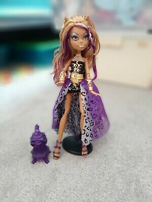 Monster High Doll. CLAWDEEN WOLF 13 WISHES