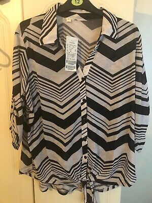 ladies black and white tops size 16