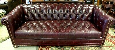 Fantastic Hancock Moore Burgundy Tufted Leather Red Chesterfield Gmtry Best Dining Table And Chair Ideas Images Gmtryco