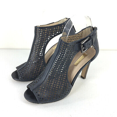 89f6aa715623 Nordstrom Louise et Cie 6.5 Navy Olivia Booties Cut out Peep Toe sandals EUC