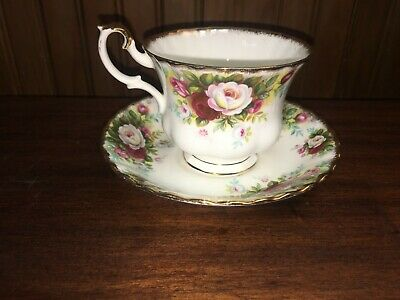 """CELEBRATION"" Royal Albert TEA CUP & SAUCER Bone China White & Red Roses EUC"