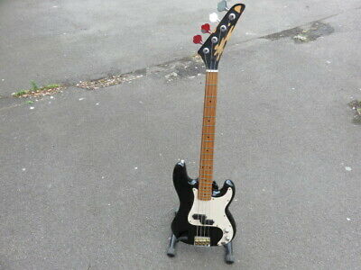 VINTAGE 70's COMET BASS GUITAR. MADE IN JAPAN