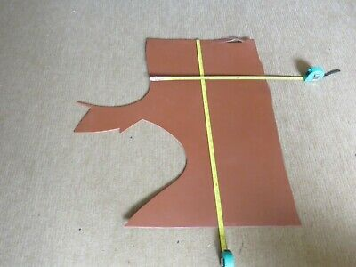 """TAN  BRIDLE LEATHER OFF CUT 29"""" X 16"""" (73 X 40cm)  -  4.5mm THICK - CLEARANCE"""