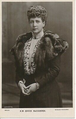 H.m. Queen Alexandra Postcard - Beagles & Co Ltd