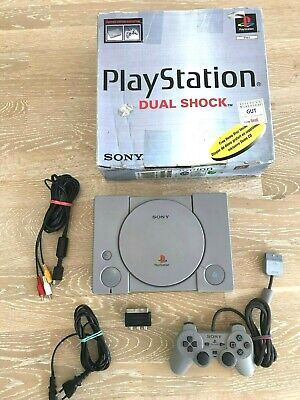 Original Sony Playstation 1 (PS1 PSX), Modell 7002 boxed, in OVP, 1 Controller