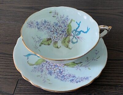 Paragon Bone China Tea Cup and Saucer - Double Warrant LILAC Pattern, Excellent