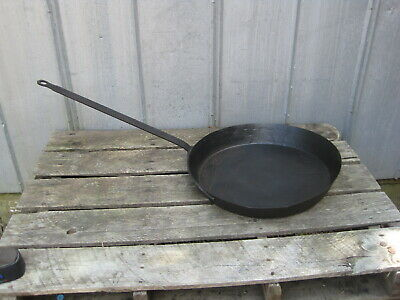 "Antique 19th Century 21"" Iron Skillet Frying Pan B0642 (CONS)"