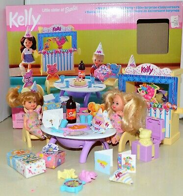 KELLY Barbie Doll Surprise Birthday Party Set + 2 dolls 1999 sister complete