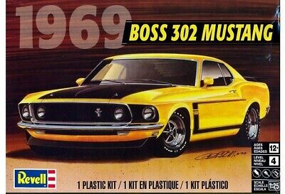 Revell Monogram 4313 1969 Ford Boss 302 Mustang Fastback plastic model kit 1/25