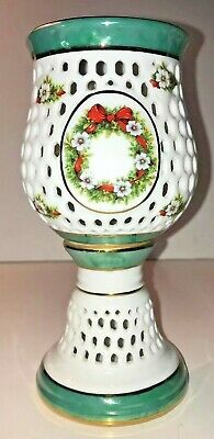 "Glass Candle Holder on Stand (Christmas-Themed) Wreath & Decorations 7.5"" tall"