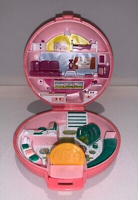 1989 Polly Pocket Vintage Bluebird Vet Animal Hospital Compact Only