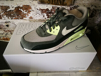 Nike Air Max 90 Premium Special Edition grey in Gr. 45 guter