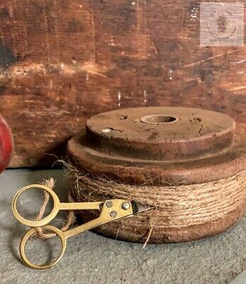 "Primitive Short Wood Spool w/ Twine and scissors  4.25"" x 2 "" FARMHOUSE"