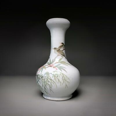 Fine quality antique CHINESE QIANJIANG CAI GARLIC HEAD VASE with Birds & flowers