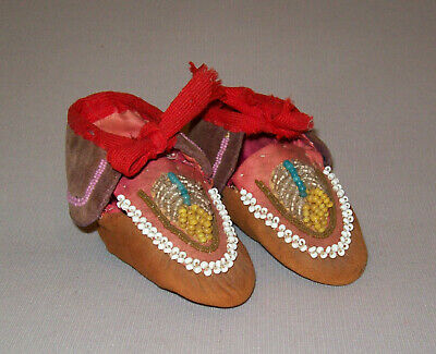 Antique Vtg 20s Childs Iroquois Native American Indian Beaded Leather Moccasins