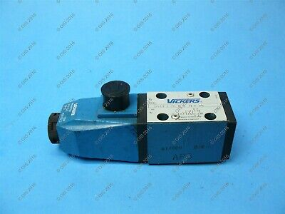 Vickers DG4V-3-2B-M-U-H7-30 Single Solenoid Directional Control Valve 24 VDC New