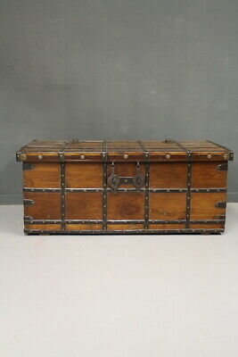 Antique Trunk Coffer / Wood Teak in Patina Original/Period Beginning'