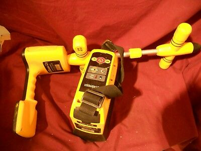 Vivax Metrotech VM-850 PIPE AND CABLE LOCATOR / XMITTER REFURBISHED