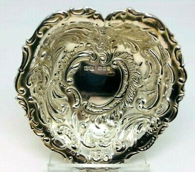Beautiful Sterling Silver Heart Shaped Dish London 1990 - Excellent Condition