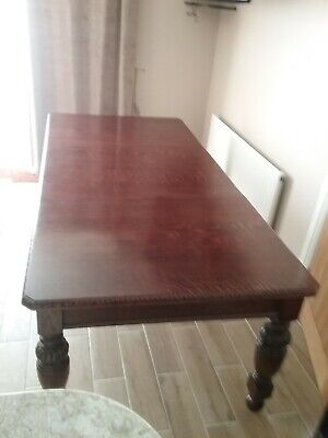 Antique Mahogany Wind Out Extending Dining Table