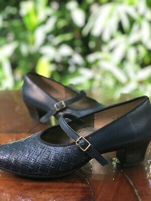 Vintage 1960s Allerton Leather Shoes Womens 7  Blue Leather Mary Jane Heels 38