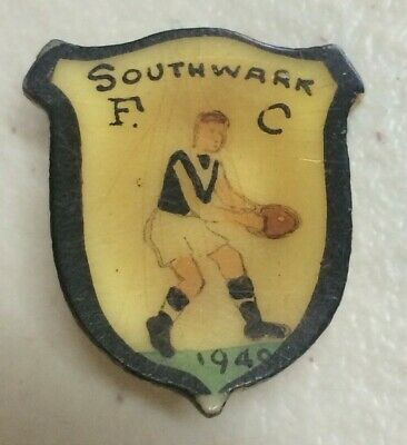 1940 Southwark Football Club Celluloid Type Badge Suburb Now Called Thebarton SA