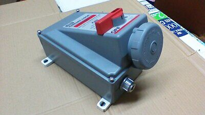 Hubbell 360Mi7W Pin & Sleeve / 2P 3W 480Vac Mech. Interlock Recept And Switch