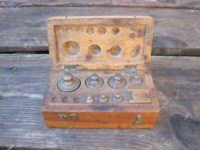 Antique Set Of Brass Scale  Weights - Metric B9595
