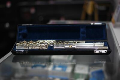 1998 Buffet Crampon BC-6010 Series II Student Flute w/hard case & carrying bag