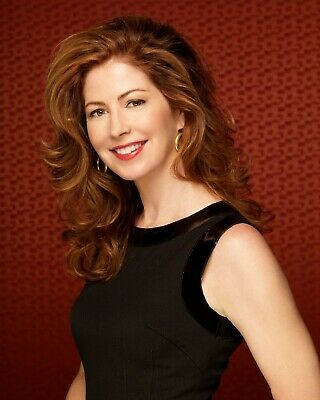 Dana Delany 8 x 10 / 8x10 GLOSSY Photo Picture
