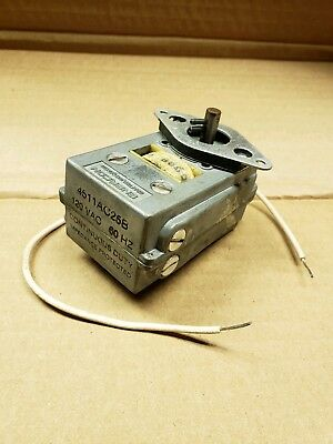 Enercon 4511Ac25B  Rotary Switch Continuous Duty 120 Vac 60Hz Traffic Light Part