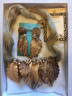 Hand Carved Coconut The Little Hawaiian Craft Shop Earrings And Necklace