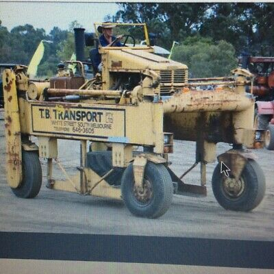 Straddle Truck. Hyster.