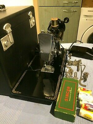 1958 Vintage Singer 221K Featherweight Sewing Machine