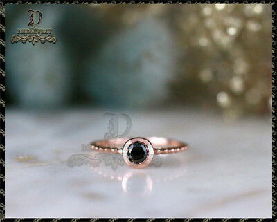 1Ct Round-Cut Black Brilliant Diamond Solitaire Engagement Ring 10k Yellow Gold