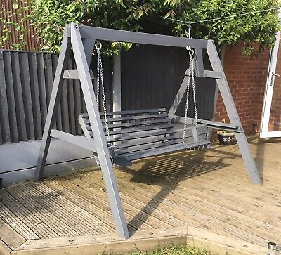 Swinging Garden Wooden Bench Outdoor With Metal Chains.