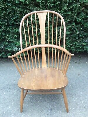 Ercol Light Blonde 1960's Chairmakers Windsor Stick Back Chair Armchair