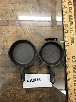 Pair Of Vintage Cast Iron Ash Tray Toy Skillets. Nice Set. Hammered. Ash16