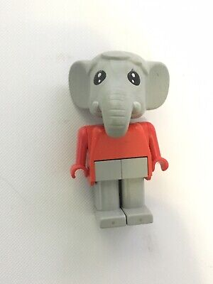 1981 Cow And Elephant Fabuland Lego Figures