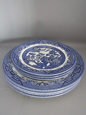 Set of 4 Churchill Willow Pattern Pottery Dinner Plates & 3 Side Plates