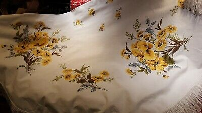 Vintage tablecloth, oval, heavy cotton, yellow floral w/Iris,