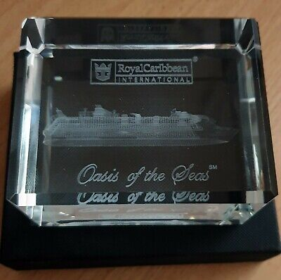 Royal Caribbean Cruise Ship C&A OASIS of the Seas CRYSTAL BLOCK paperweight