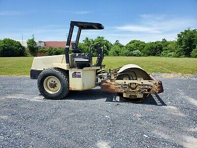 Ingersol Rand 70D Propac Smooth Drum Roller