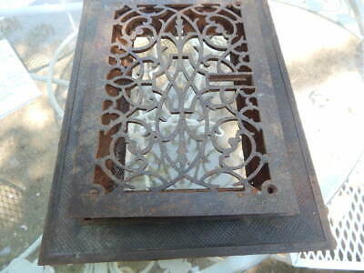 Vtg Ornate Cast Iron Floor Grate With Collar