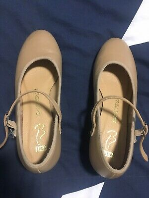 Tap Dancing Shoes Tan Ladies Size 6