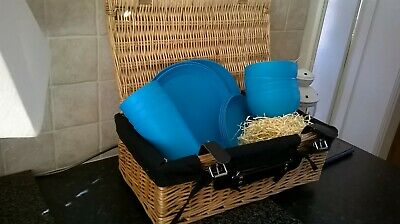 Picnic Basket Hamper Case & Plates Cups/Beakers Bowls Cutlery NEW