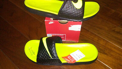 NEW $34 Mens Nike Benassi Solarsoft Sandals, size 12  shoes