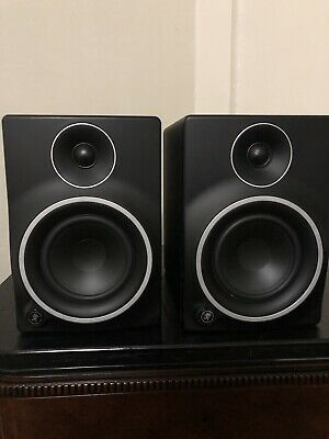 Mackie MR5 MK3 Powered Active Studio Monitors (Pair) with power cords